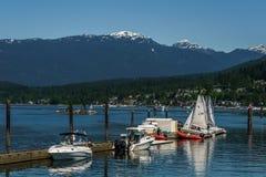 Port lynniga Kanada - Maj 28, 2017, Rocky Point Spray Park, segelbåtsportaktiviteter Royaltyfria Bilder