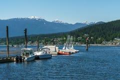 Port lynniga Kanada - Maj 28, 2017, Rocky Point Spray Park, segelbåtsprtaktiviteter Arkivfoto