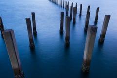 Port maritime d'abandon de littoral au-dessus de mer de réclamation Image stock