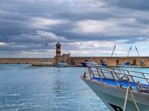 Port maritime d'horizontal. Monopoli. Apulia. Images libres de droits