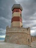 Port maritime de phare de Monopoli. Apulia. Photos stock