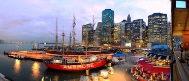 Port maritime du sud de rue à New York City Image stock