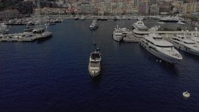 Port morski Monaco z Yahts i Å'odziami Monte Carlo, miasto Francja, z domami i kasynem zbiory