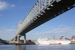 Port of New Orleans. Cruise ship docked under the Crescent City Connection bridge in New Orleans Stock Photos