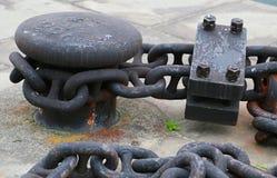 Port och hed som förtöjer biten och kedjan royaltyfri bild