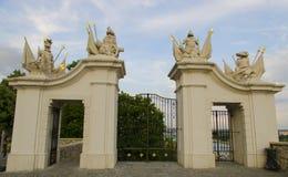 Port på den Bratislava slotten - huvudstad av Arkivfoton