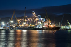 Port på natten Royaltyfria Foton