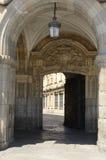 Port på den huvudsakliga plazaen Royaltyfri Bild