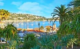 Port przez greenery Zdjęcia Royalty Free