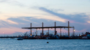 Port przy półmrokiem Obrazy Royalty Free