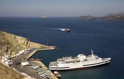 Port in Santorini's caldera Royalty Free Stock Photography