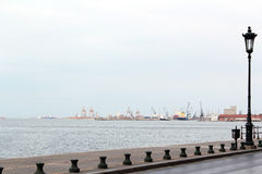 Port with ships and cranes Royalty Free Stock Photos