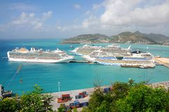Port of St. Maarten, Cruise ships docked Stock Photography