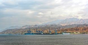 Port sur la côte rocheuse de la Mer Rouge Images libres de droits