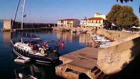 Port vénitien pittoresque, Nafpaktos, Grèce banque de vidéos
