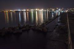 Port Varna la nuit Images libres de droits