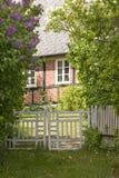 Porta à casa acolhedor Imagens de Stock Royalty Free