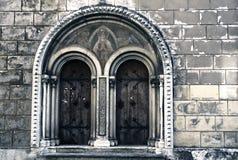 Porta à igreja de Bernard de Saint em Trento Fotografia de Stock