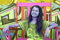 Porta affianco della ragazza Fotografia Stock Libera da Diritti