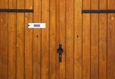 Porta al garage Immagine Stock