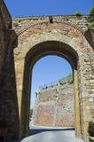 Porta al Prato i Montepulciano, Italien Arkivfoto