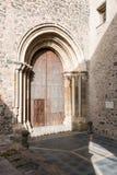 Porta antica della chiesa Fotografia Stock
