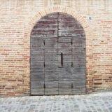 Porta antica in Italia Fotografia Stock Libera da Diritti