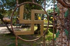 Porta antiga no templo de Tirta Empul em Bali fotografia de stock