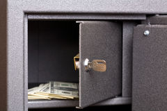 Porta aperta della casella sicura Fotografia Stock