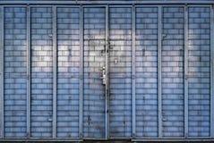 Porta azul do metal Imagens de Stock