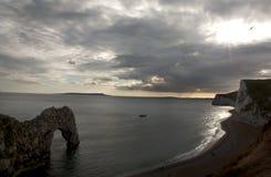 Porta bianca di Durdle delle scogliere nel sud dell'Inghilterra Fotografie Stock Libere da Diritti