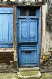 Porta blu Fotografia Stock