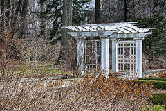 Porta branca nos jardins de Art Museum Fotografia de Stock Royalty Free