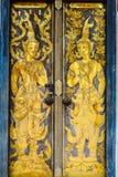 Porta buddista della chiesa di tradizione tailandese Fotografia Stock