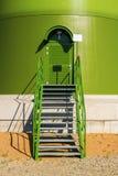 Porta con le scale Fotografia Stock Libera da Diritti
