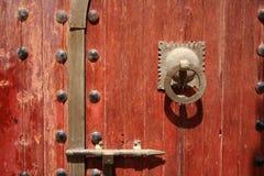 Porta d'annata e maniglia Immagine Stock Libera da Diritti