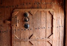 Porta d'annata e maniglia Fotografia Stock Libera da Diritti