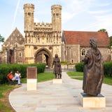 Porta da abadia do ` s de St Augustine Canterbury, Kent, Reino Unido Imagens de Stock Royalty Free