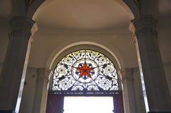 Porta da arquitetura do russo Fotos de Stock