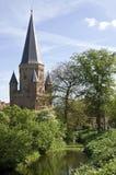 Porta da cidade, canal e esplendor floral, Zutphen Imagem de Stock Royalty Free