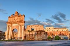 Porta da cidade em Forli, Emilia Romagna, Itália foto de stock royalty free