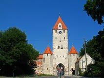 Porta da cidade em Regensburg imagem de stock