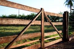Porta da exploração agrícola Imagens de Stock