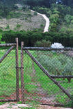 Porta da exploração agrícola foto de stock