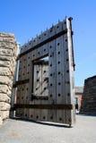 Porta da fortaleza Fotos de Stock Royalty Free