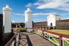 Porta da fortaleza do St Joseph Sao Jose em Macapa, Braz imagens de stock