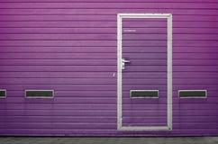 Porta da garagem como o fundo Foto de Stock Royalty Free