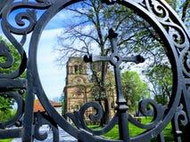 A porta da igreja de Lazarica fotos de stock
