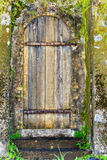 Porta da ruína Imagens de Stock