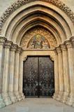 Porta da rua da igreja do St Mattias Imagem de Stock Royalty Free